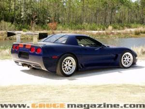 GaugeMagazine 2001 Corvette C5R 021