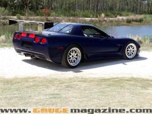 GaugeMagazine 2001 Corvette C5R 024