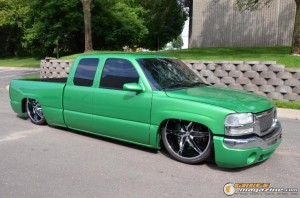 2003-gmc-sierra-on-air-suspension-10 gauge1441131532