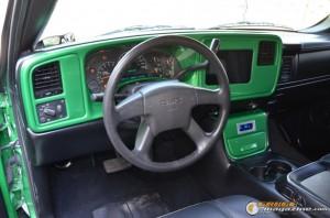 2003-gmc-sierra-on-air-suspension-18 gauge1441131522