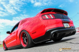 2011-ford-mustang-on-air-suspension-james-wel gauge1420230568