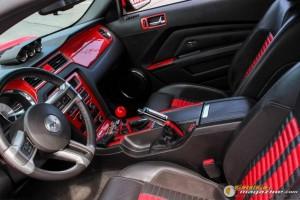 2011-ford-mustang-on-air-suspension-james-wel gauge1420230570