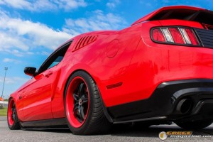 2011-ford-mustang-on-air-suspension-james-wel gauge1420230571