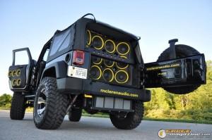 mclaren-jeep-car-audio-12 gauge1404161355