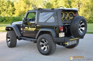 mclaren-jeep-car-audio-15 gauge1404161360