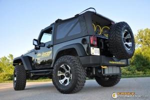 mclaren-jeep-car-audio-17 gauge1404161365