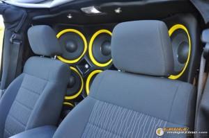 mclaren-jeep-car-audio-3 gauge1404161348