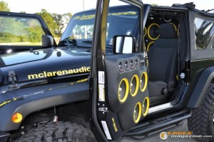 mclaren-jeep-car-audio-5 gauge1404161363