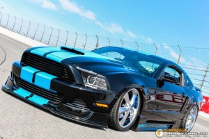 2013-ford-mustang-on-air-suspension-steven-wo gauge1420230730