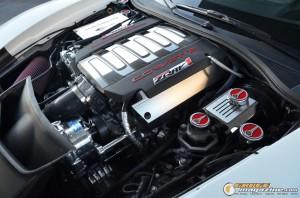 2014-corvette-z51-stingray-4 gauge1417538970