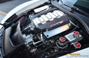 2014-corvette-z51-stingray-7 gauge1417538959