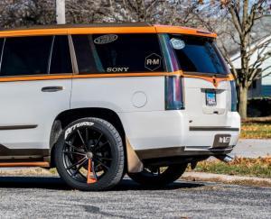 2015-Cadillac-Escalade (34)