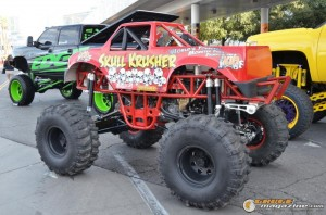 off-road-trucks-sema-2015-105_gauge1449085784