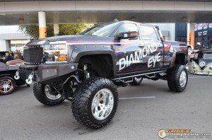 off-road-trucks-sema-2015-109_gauge1449085742