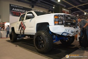 off-road-trucks-sema-2015-10_gauge1449085765