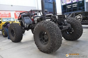 off-road-trucks-sema-2015-113_gauge1449085824