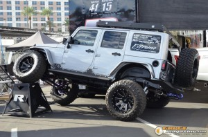 off-road-trucks-sema-2015-119_gauge1449085795