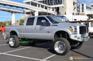 off-road-trucks-sema-2015-124_gauge1449085827