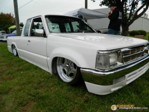 drop-em-wear-car-show-2015-93 gauge1470082557