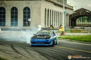 streets-of-detroit-drifting-races-2014-117_gauge1420229158