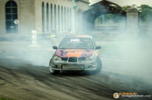streets-of-detroit-drifting-races-2014-118_gauge1420229143
