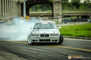 streets-of-detroit-drifting-races-2014-121_gauge1420229199