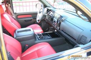 sema-2012-cars-1026_gauge1354304628