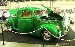world-of-wheels-chicago-2016-105 gauge1472656074