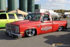 drop-em-wear-car-show-105_gauge1364835236