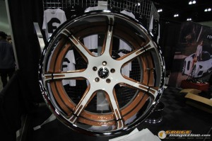 dub-magazine-show-la-august-2012-117_gauge1359740490