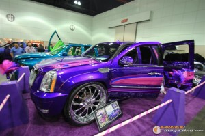 dub-magazine-show-la-august-2012-124_gauge1359740486