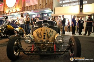 freaks-sema-party-2015-31_gauge1449083773
