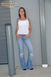 GaugeMagazine 2009 GaugeGirl 040