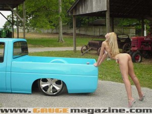 GaugeMagazine Gauge-Girl 001