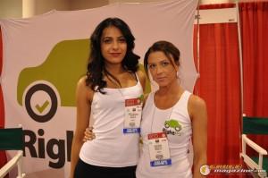 girls-of-sema-2012-27_gauge1354303947