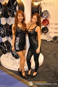 girls-of-sema-2012-36_gauge1354303940