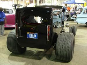 world-of-wheels-110_gauge1307142518