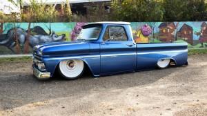 1966-gmc-pickup-on-bags (1)