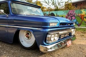 1966-gmc-pickup-on-bags (18)