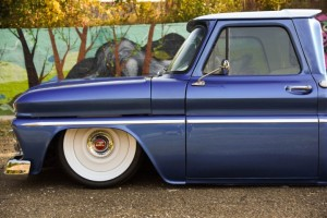 1966-gmc-pickup-on-bags (3)