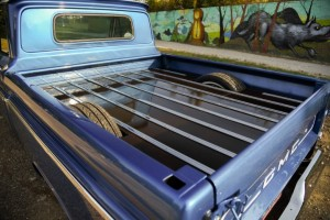1966-gmc-pickup-on-bags (9)