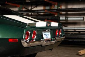 Green 1971 Chevy Camaro Z28 (26)