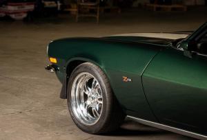 Green 1971 Chevy Camaro Z28 (31)