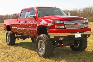 2006-Chevy-Silverado-2500hd-lifted (1)