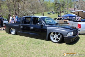 layd-out-at-the-park-car-show-2015-101_gauge1438356285