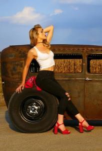 Gauge-Girl-Kelsey-Crisenbery (4)