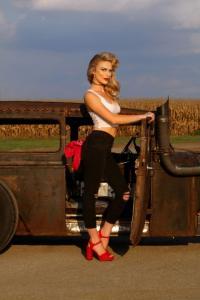 Gauge-Girl-Kelsey-Crisenbery (6)