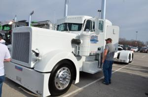 Mid-america-trucking-show-2017 (66)