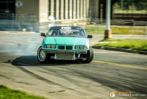 streets-of-detroit-drifting-races-2014-112_gauge1420229172