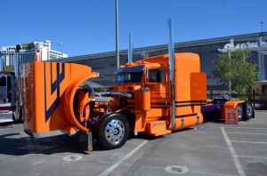 semis-and-haulers-of-sema-2016 (17)